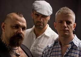 Il ritorno della band napoletana 99 posse e il nuovo video Antifa