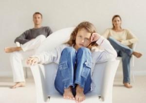 La separazione giudiziale, l'addebito e l'affido dei figli