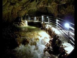 Le meravigliose grotte di Stiffe presso San Demetrio in Abruzzo