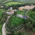 Vicino Chianciano terme in provincia di Siena, troviamo il giardino, villa storica la Foce. Si tratta di una vera testimonianza storica dell'evoluzione architettonica e culturale della Toscana. Il giardino è […]