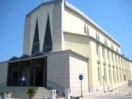 In Puglia e precisamente a Trani, sulla strada che porta a Corato, per espressa volontà dei padri Rogazionisti, è sorto un santuario religioso ispirato e dedicato alla Madonna di Fatima. […]