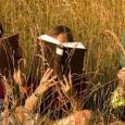 Leggere è sempre stato importante e le maestre, gli insegnanti cercano di inculcare nei giovani e giovanissimi la passione per la lettura attraverso vari metodi, magari istituendo una biblioteca di […]