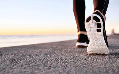 I benefici psicologici e fisici della passeggiata