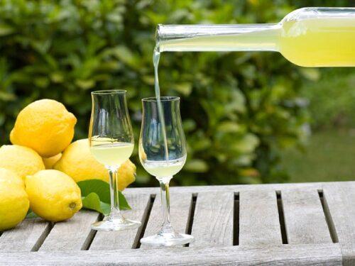 Il limoncello: la storia e la ricetta
