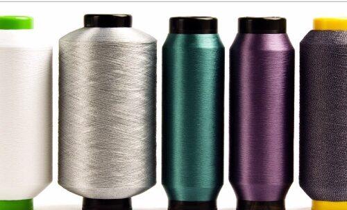 Vantaggi e svantaggi delle fibre sintetiche